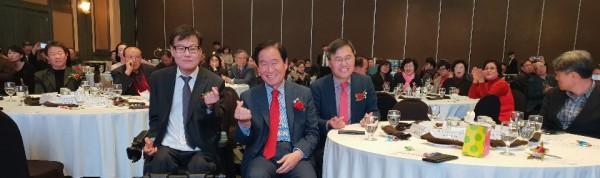 곽대훈 국회의원과 한국장애경제인협회 경북대구지회 회장의 기념사진